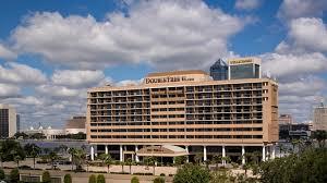 DoubleTree-by-Hilton-Hotel-Jacksonville-Riverfront